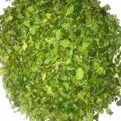 Moringa dried leaves  Moringa Nature