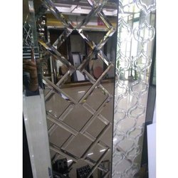 Crossover Wall Glass, Thickness: 5 Mm