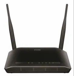 黑色D-Link无线N300路由器,型号名称/编号:Dir-615 Wireless-N300