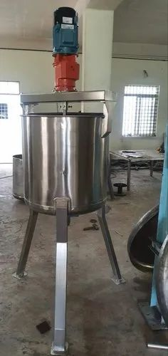Fruits pulping 300 Ltr