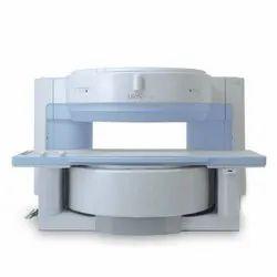 Hitachi 0.3T Airis II MRI Machine