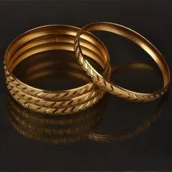 Raund Gold Ladies Bangle