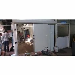 White Polished Mild Steel Cold Room Door, Thickness: 50 Mm
