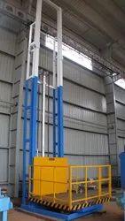 30 feet Material Handling Lift, Nil,Hydraulic, Capacity: 3-4 ton
