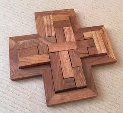 Wooden Puzzle Plate