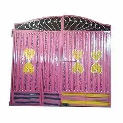Hadeed Fabricators Decorative Exterior Iron Swing Main Gate, For Residential