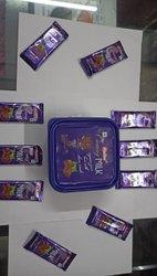 Madhur Blue Rich Dairy Chocolate Bar, Packaging Type: Tiffin, 14 Gram