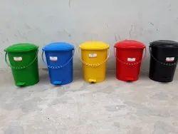 Plastic Dustbins In Greater Noida
