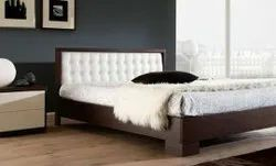 Oak Wood Brown Designer Bed, Wood With Cushion Fabric, Size: Queen Size