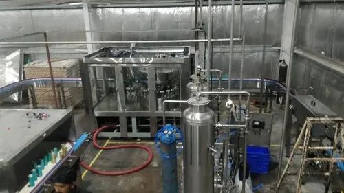 Filling machine in Can or Glass Bottle