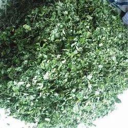 Dried Whole Moringa Leaf