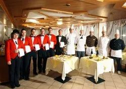 Complete Staff Provider Service in restaurant, Basic Education, 10 Hr