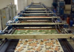 Upto 10 Colors 10-15 Days Cotton Velvet Printing, in Jaipur