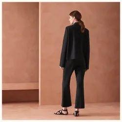 Full Sleeve Black Ladies Leather Jacket