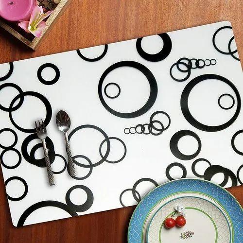 OLD DECOR Plastic Table Mat