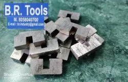 Mild Steel 23X4.2X11 Mm Diamond Cutter Segment