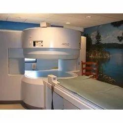 Hitachi 0.6 T Open MRI Machine