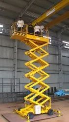 Scissor Lift with Outrigger