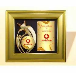 FP 10675 Golden Award Memento