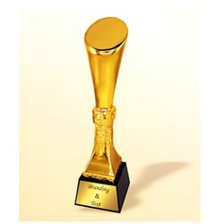CG 618 Crystal Trophy