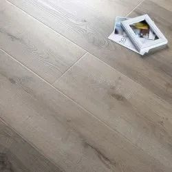 Plain Heritage Laminated Wooden Flooring, Thickness: 6 Mm