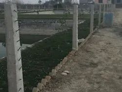 CEMENTED PILLAR FOR WIRE FENCING