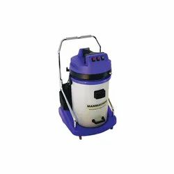 Wet And Dry Vacuum Cleaner For Interior Cleaning