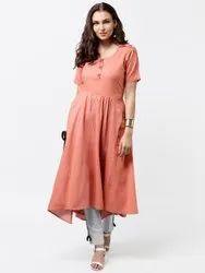 La Firangi Women Peach-Coloured Solid Anarkali Kurta