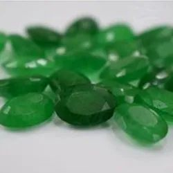 Oval Green Emerald Gem Stone, For Jewellery, Upto 90gm