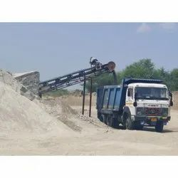 Gray Construction Washed M Sand, Packaging Type: Lorry, Grade: Vsi