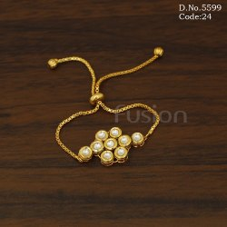 Designer Adjustable Kundan Bracelet