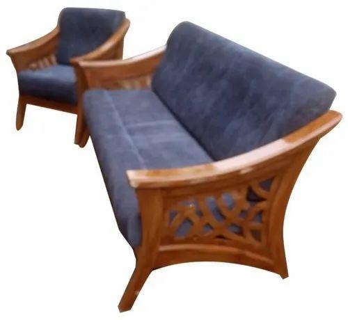 Brown Rectangular Modern Teak Wood Sofa, Carpenter Teak Wood Sofa Set Designs Pictures