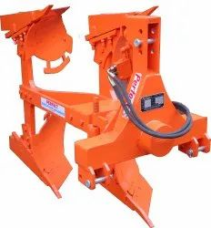 BORON HYDRAULIC REVERSIBLE PLOUGH BALVAN MODEL