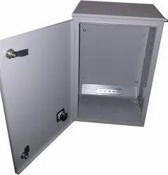 Iron Rectangular Solar Panel Box, Dimension: 10 X 10 X 15 Inch