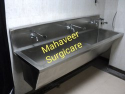 Hospital Scrub Sink/Station