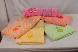 Cotton Embroidered Towel, Size: 30x60 Inch