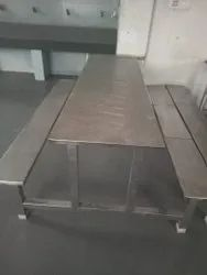 as medicare Stainless Steel Canteen Dining Table 6 seater, For Restaurant, Size: 5x2.5 Feet