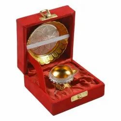 Golden Round Brass Diya with Plate, For Puja Purpose