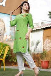 Biloniya Creation Cotton Ladies Green Fashion Suit
