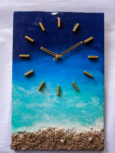 Ocean Inspired Resin Clock
