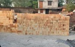 Fireclay Refractories Fire Bricks, For Side Walls, Size: 9 x 3 x 2.5 Inch