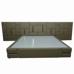 6 X 6.5 Feet Brown Leather Golden Profile King Size Bed