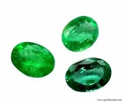 Green Oval Emerald Gemstone, For Astrology