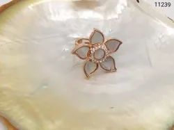 Flower Design Mother Of Pearl Ring