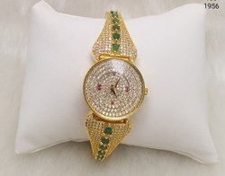 Luxury American Diamond Watches For a Women