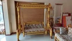 Golden Antique Roof Design Wooden Swing, For Home, Size: 6x4x6.5 Feet