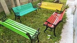 With Arm Rest 2 Seater Cast Iron Garden Bench, With Back, Size: 3 Ft X 2 Ft X 3.5 Ft