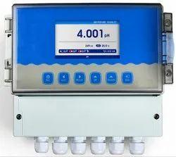 Online pH/ORP meter Field Mounted