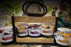 Farm Natural Honey Gift Pack, Jute Bag