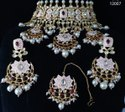 Perfect Meenakari Design For Bride